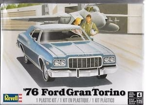 MONOGRAM 4412 - 1/25 1976 Grand Ford Torino