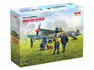 ICM DS4802 - WWII RAF Airfield (Spitfire Mk.IX, Spitfire Mk.VII, RAF Pilots and Ground Personnel (7 figures))